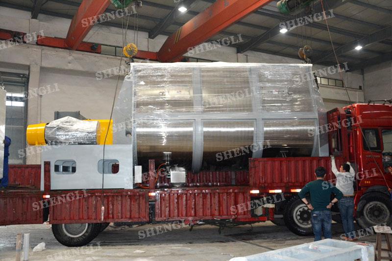工作原理:螺带搅拌设备采用u型筒体,内装平行主轴,主轴上安装正反